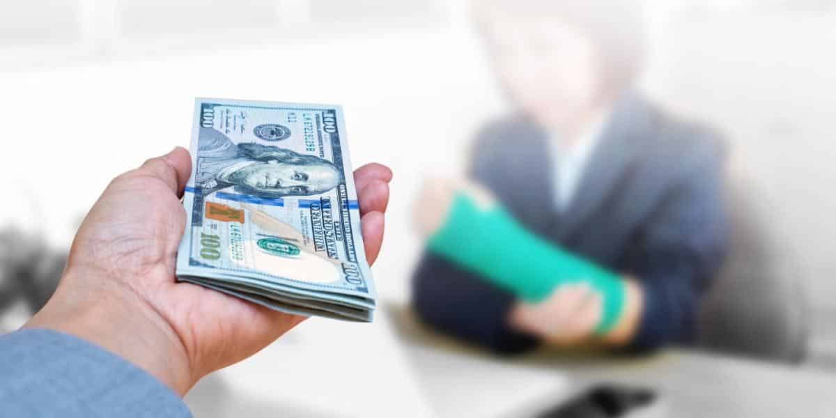 How much does workers comp pay for lost wages | Florida workers compensation lost wage benefits | LaBovick Law Group of West Palm Beach, Florida